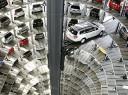 В Петербурге начнут строительство паркингов-лифтов