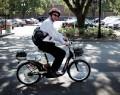 На водителей скутеров наденут защитные шлемы