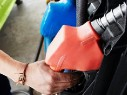 Антимонопольное ведомство пообещало стабилизировать цены на бензин