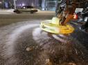 Белорусские дороги зимой вместо соли будут посыпать сахаром