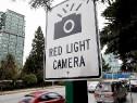 Электроника предупредит о машинах, едущих на красный свет