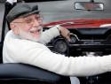 На помощь пожилым автовладельцам придут современные технологии