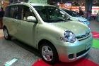 Toyota Sienta (Тойота Сиента)