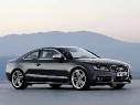Автомобиль Audi S5
